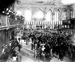 1889, Manhattan, New York, New York, USA --- 1889-Trading on the floor of the New York Stock Exchange. Photograph, 1889. --- Image by © Bettmann/CORBIS